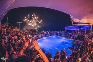 Mykonos party at beaches