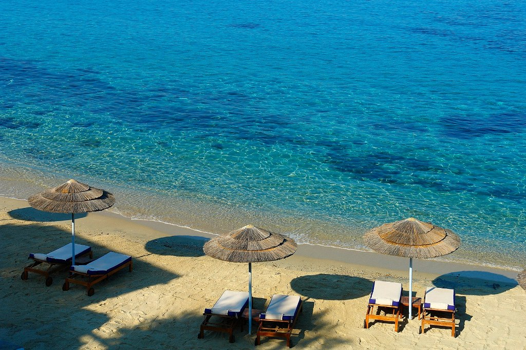 Best Island Beaches For Partying Mykonos St Barts: Agios Ioannis Beach In Mykonos Island, Greece