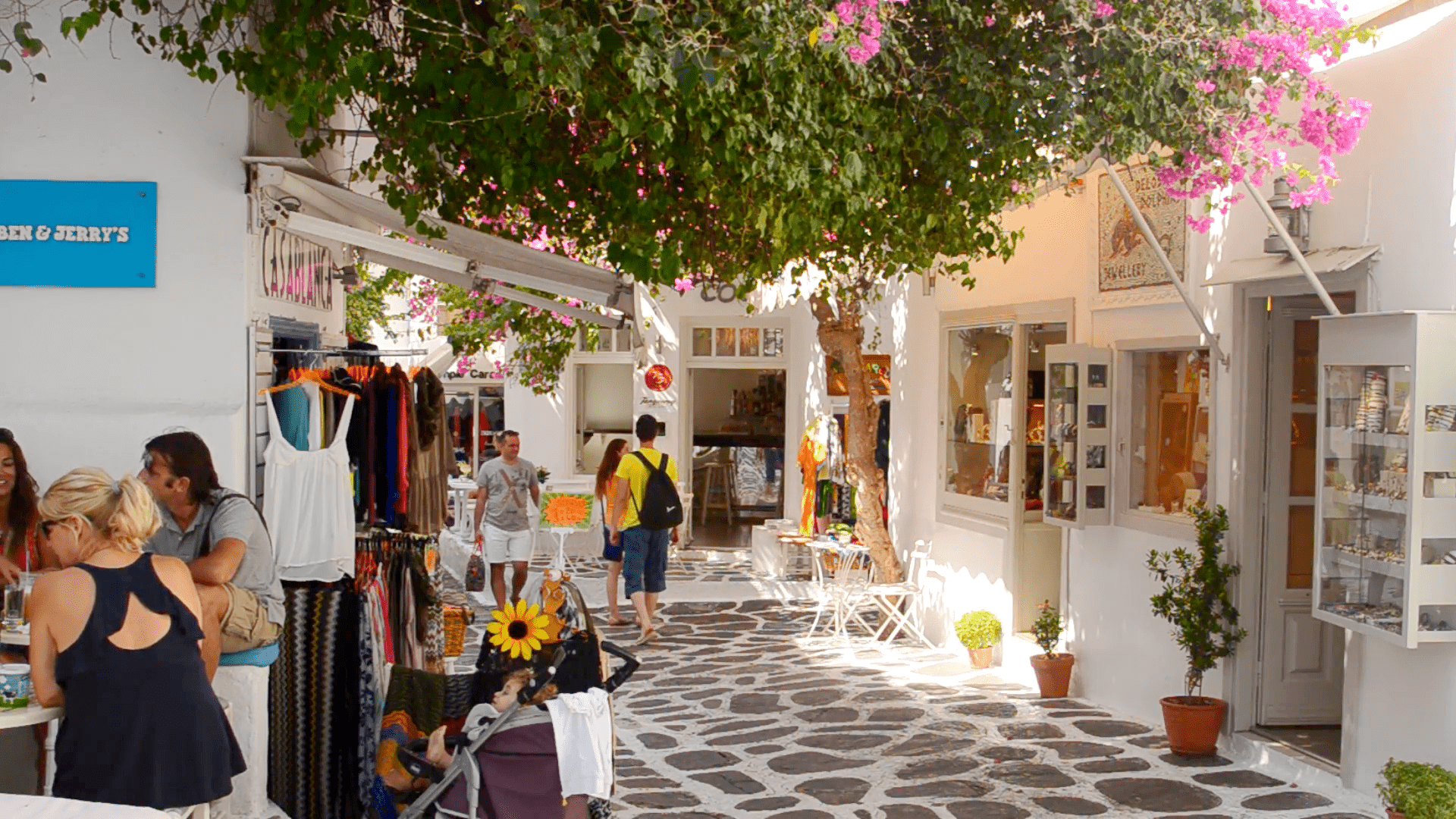 Mykonos shopping time - Mykonos Traveller